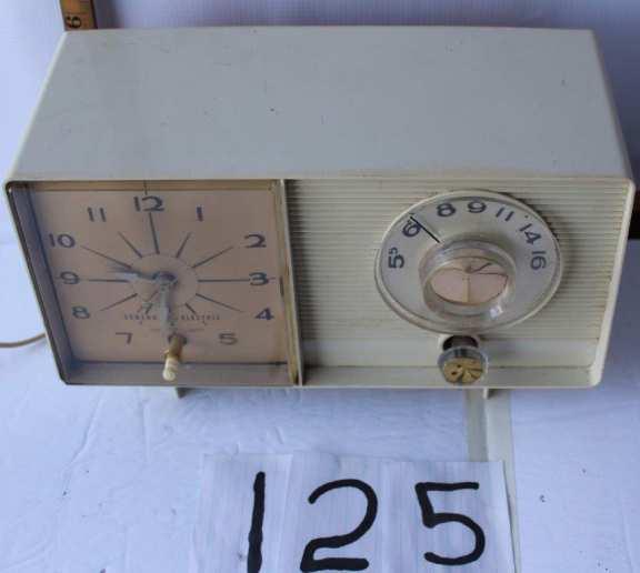 Old Tube Radio