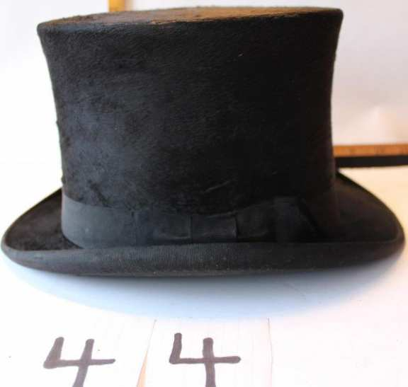 Top Hat with Case