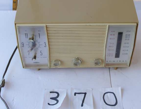 Admiral 1960's Alarm Clock Counter Top Radio