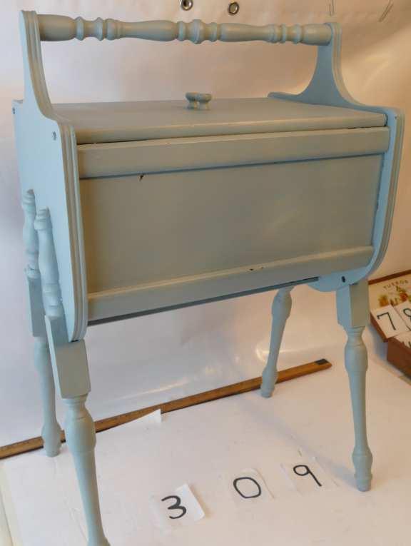 Craftsman Sewing Box (wooden)