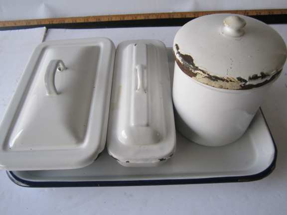 Doctor's office porcelain instrument tray & 3 containers
