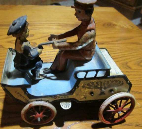 Lehmann's Wind Up toy carriage