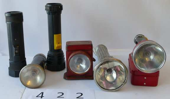 Lot of Six battery flashlights