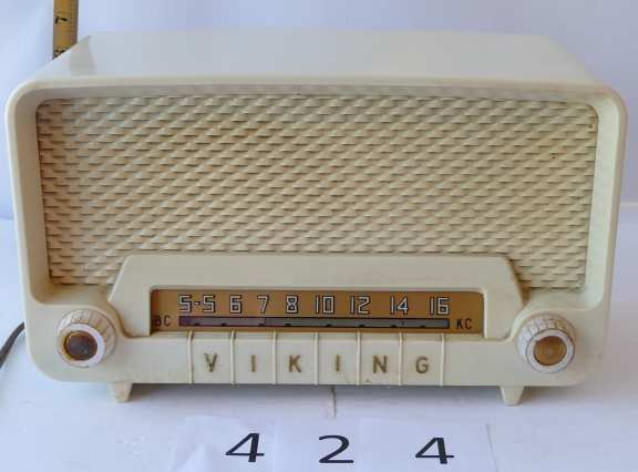 Viking Tube Radio made by the T Eaton Co.
