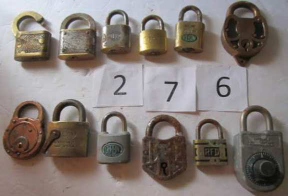 12 locks without keys