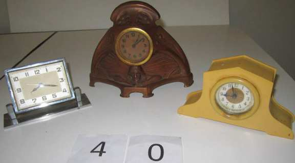 3 novelty clocks