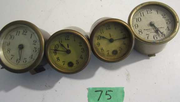4 thermostat clocks