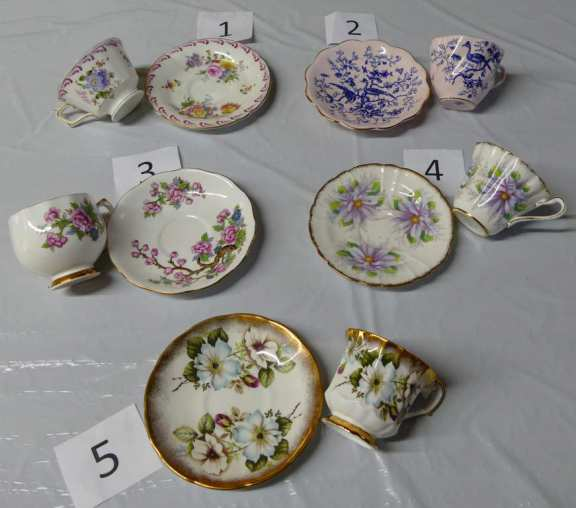 Lovely Vintage - Tea Cups and Saucers