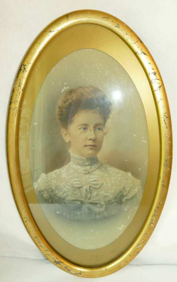 Portrait of Lady - Chalk highlighting on dress.