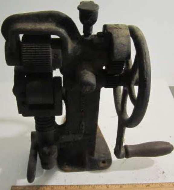 Primitive rolling tool