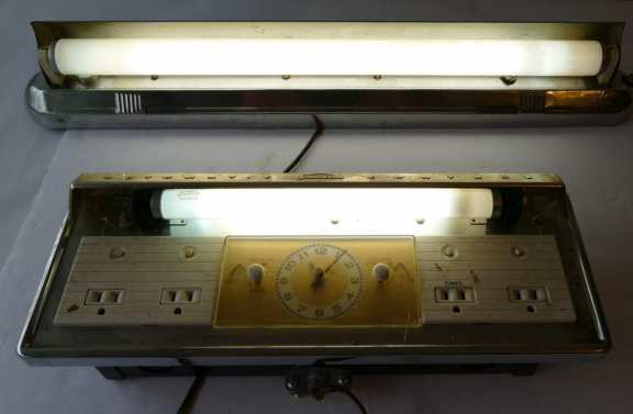Sunbeam Vintage Stove clock timer and light - Art Deco Light