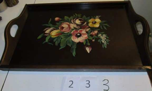 Wooden tray with stencil